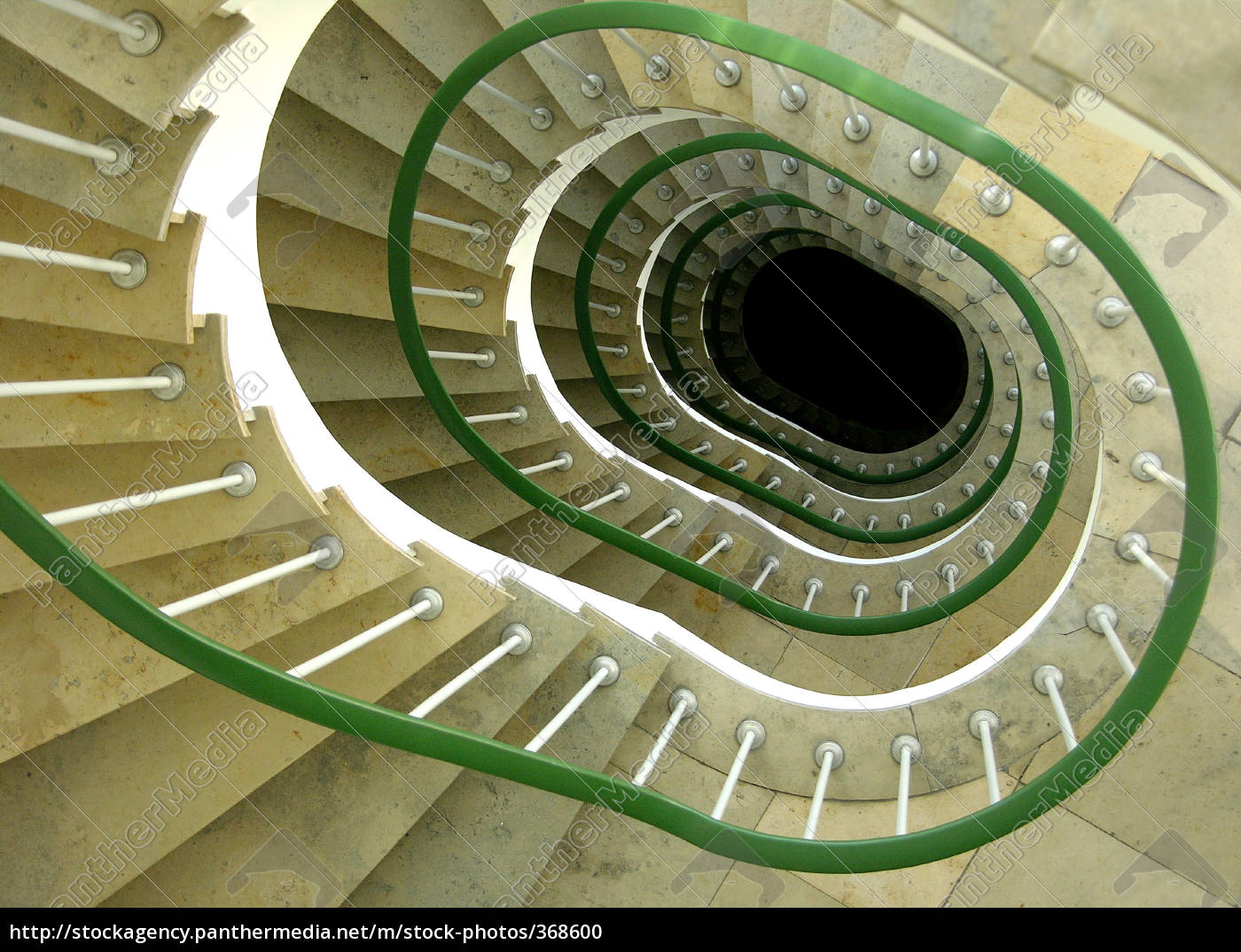 stairs, spiral - 368600
