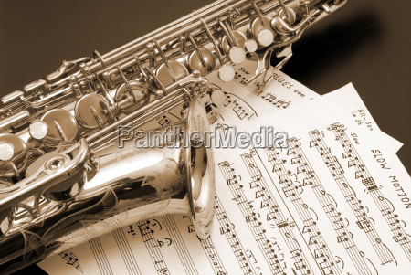 saxophone - 370370