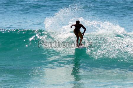 surfer - 371176