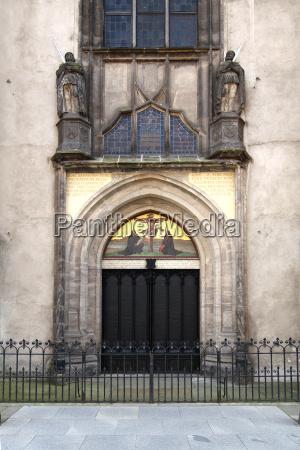 goal, of, the, castle, church - 372835