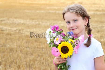 child with flowers no2