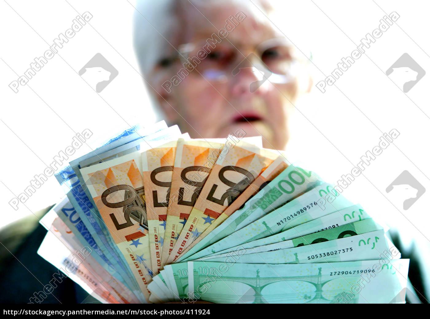 pension - 411924