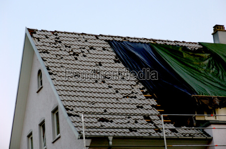 roof, damaged, by, hail - 418243
