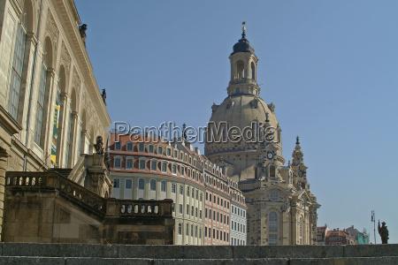 frauenkirche noon