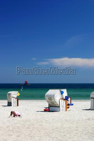 child, at, the, beach - 423306