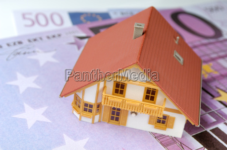 model, house, on, euro, notes - 429946