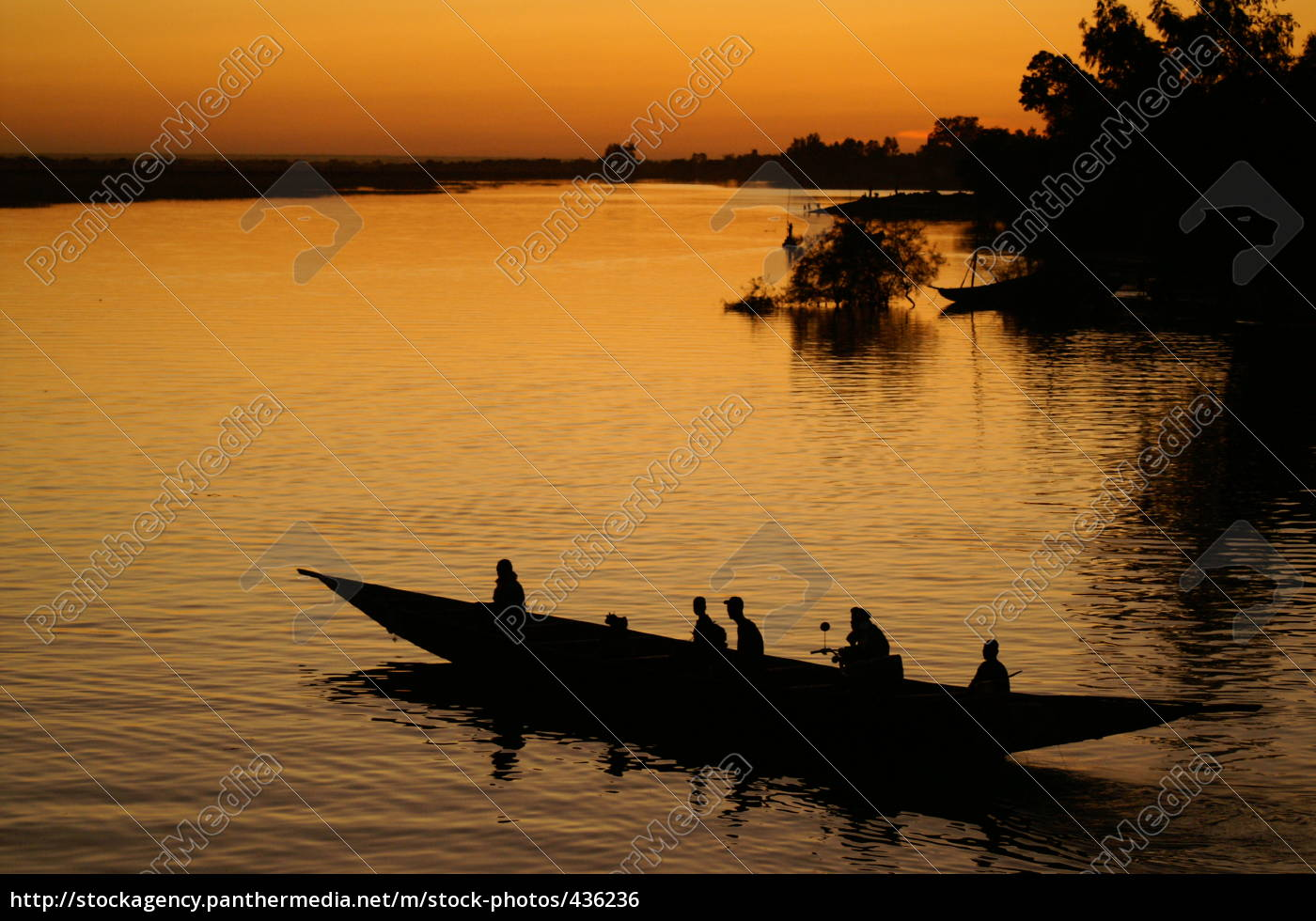 river, scene, on, the, niger, in - 436236