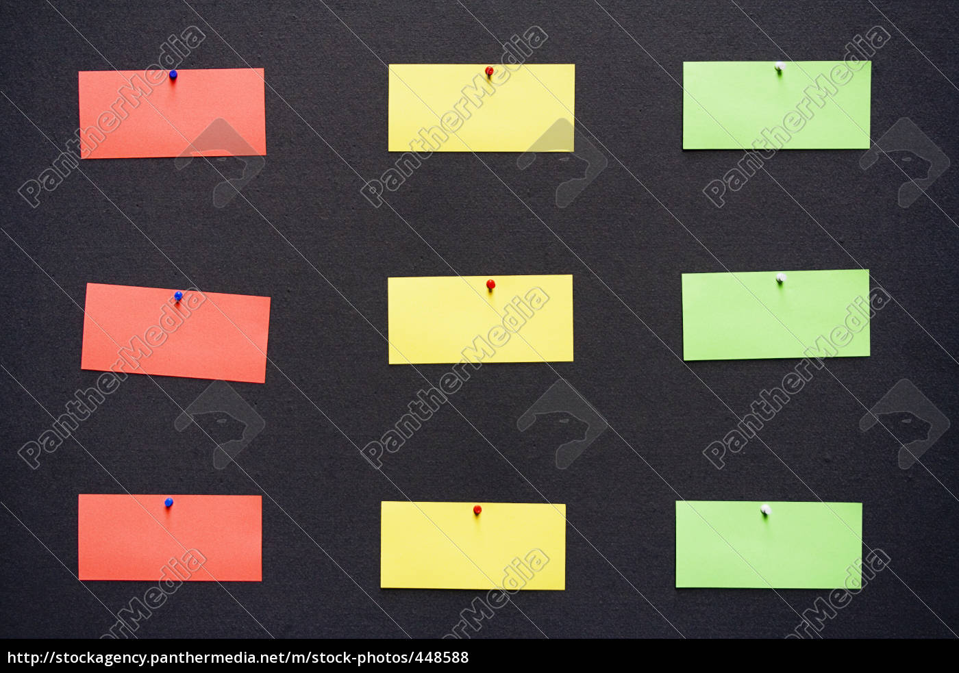note, traffic, light, on, black - 448588