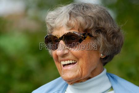 happy, aged - 455400