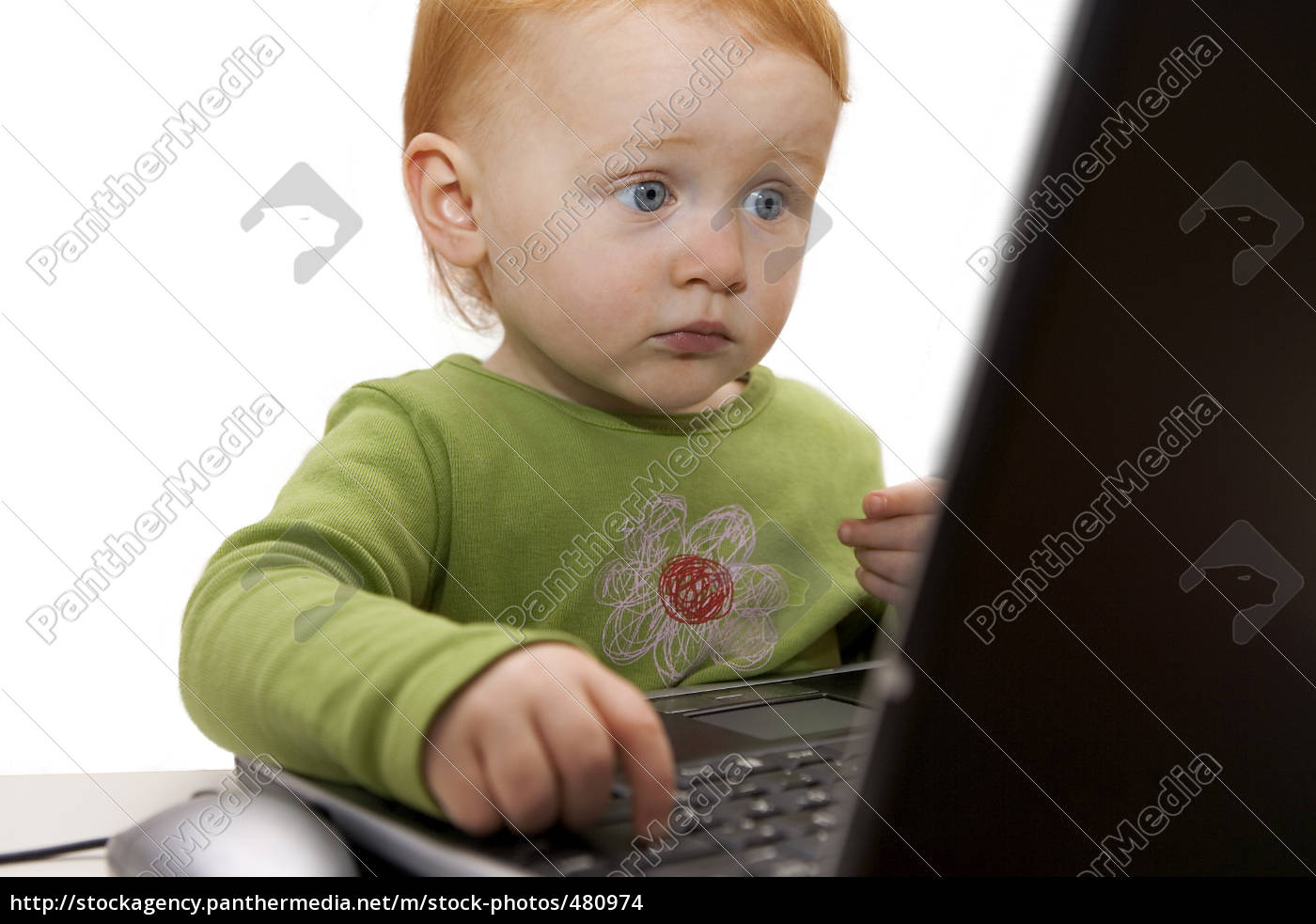 child, on, laptop - 480974