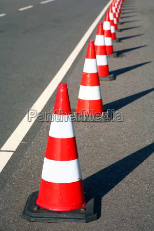 hat, as, a, road, barrier - 483834