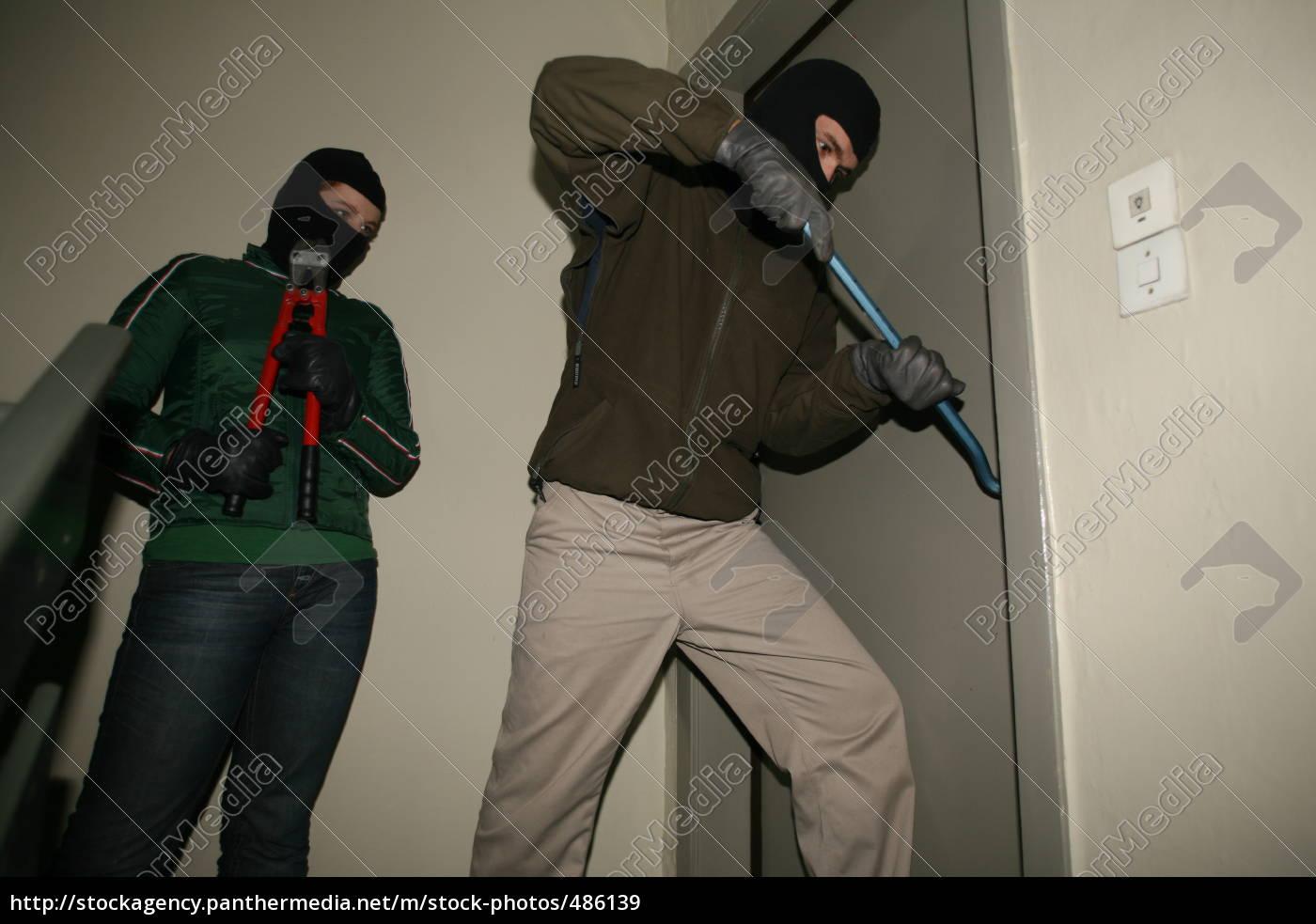 burglar - 486139