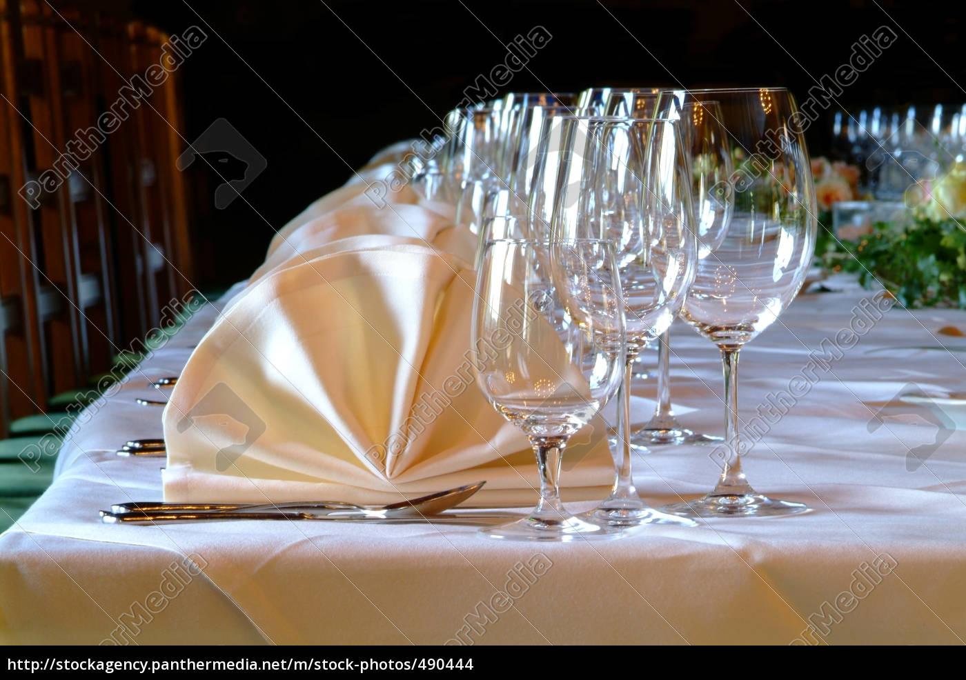 table, decoration - 490444