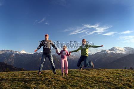 funny, family, jump - 491991