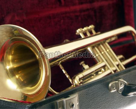 trumpet - 498787