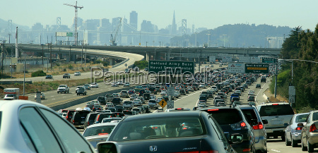 jam the oakland bay bridge