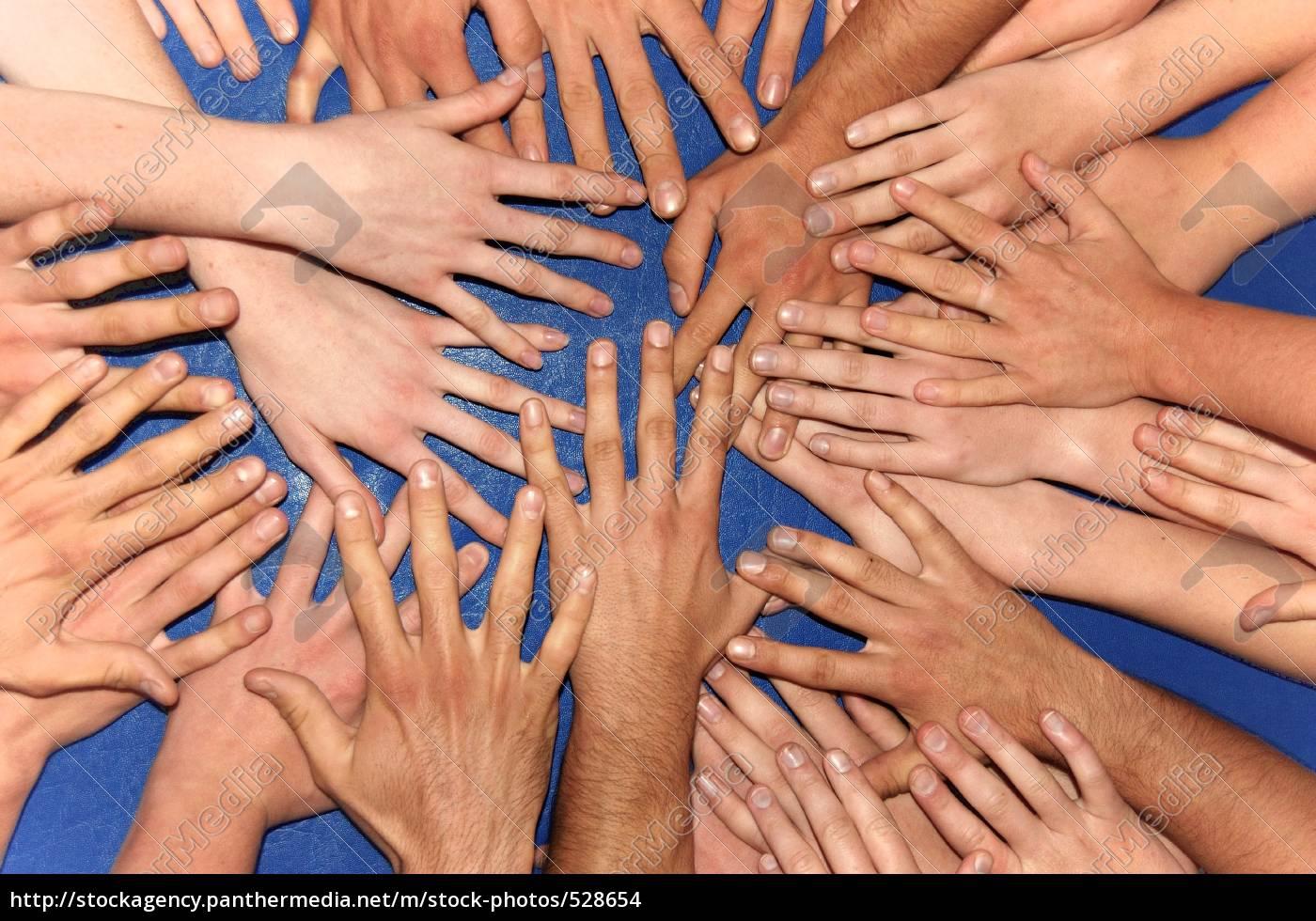 helping, hands, 1 - 528654