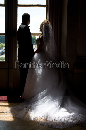 newlyweds, in, backlight - 528282