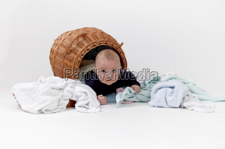 baby, in, laundry, basket - 545759