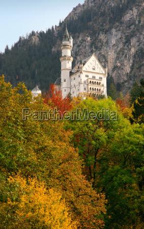 neuschwanstein, castle, in, autumn - 550065