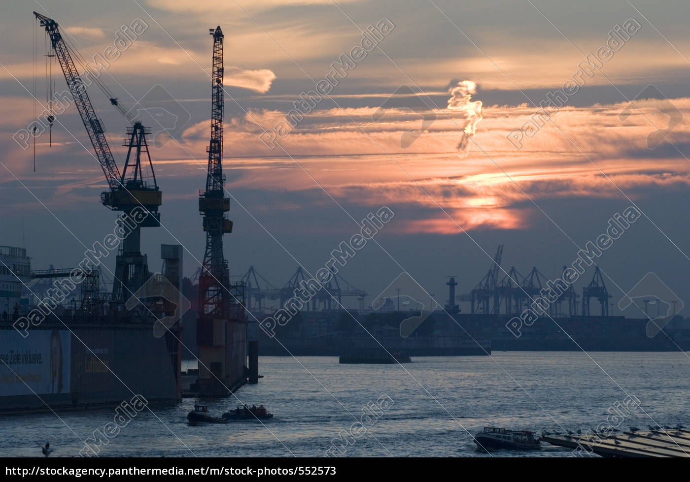 port, of, hamburg - 552573