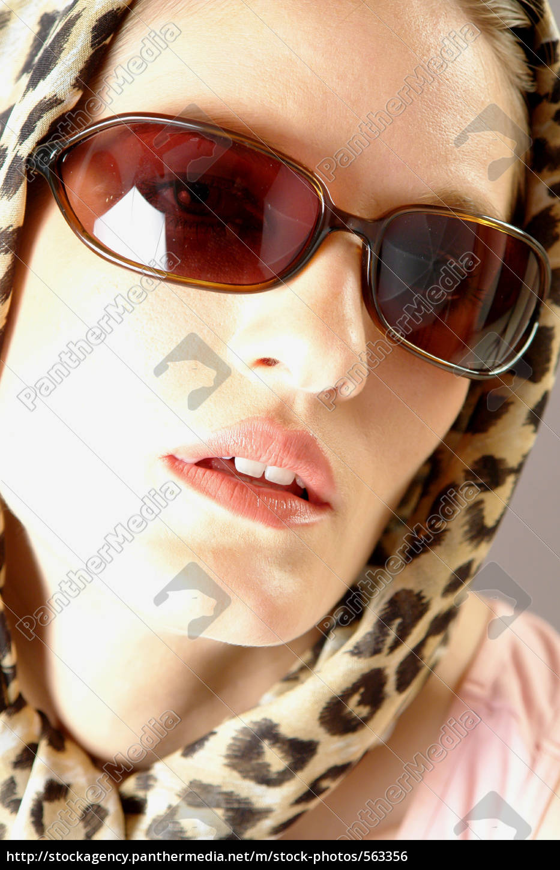 headscarf - 563356