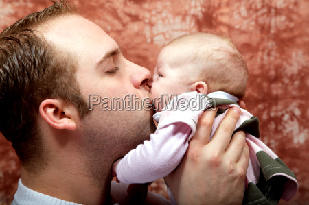 kissing, daddy - 580146