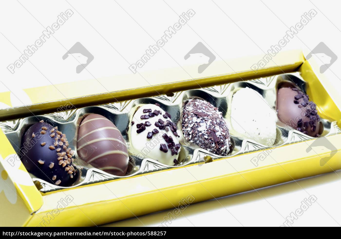 chocolates, diagonally - 588257