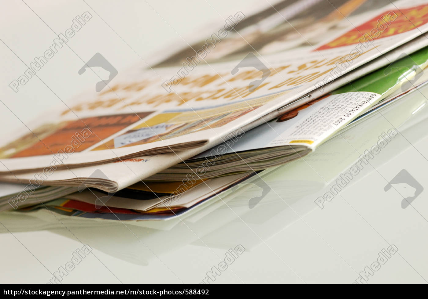 newspapers - 588492