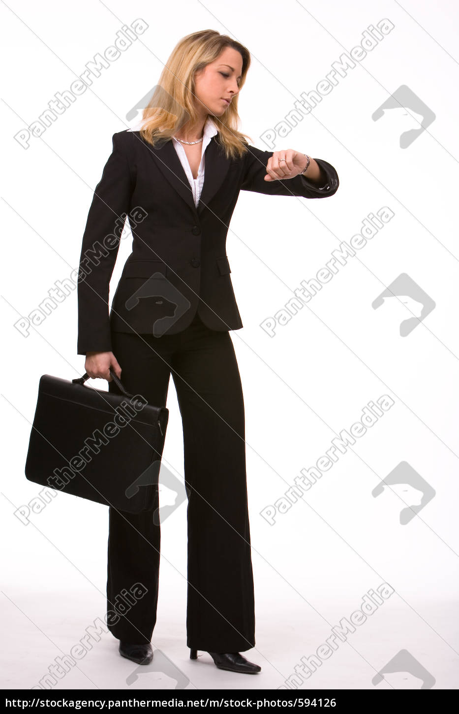 businesswoman, looking, at, the, clock - 594126