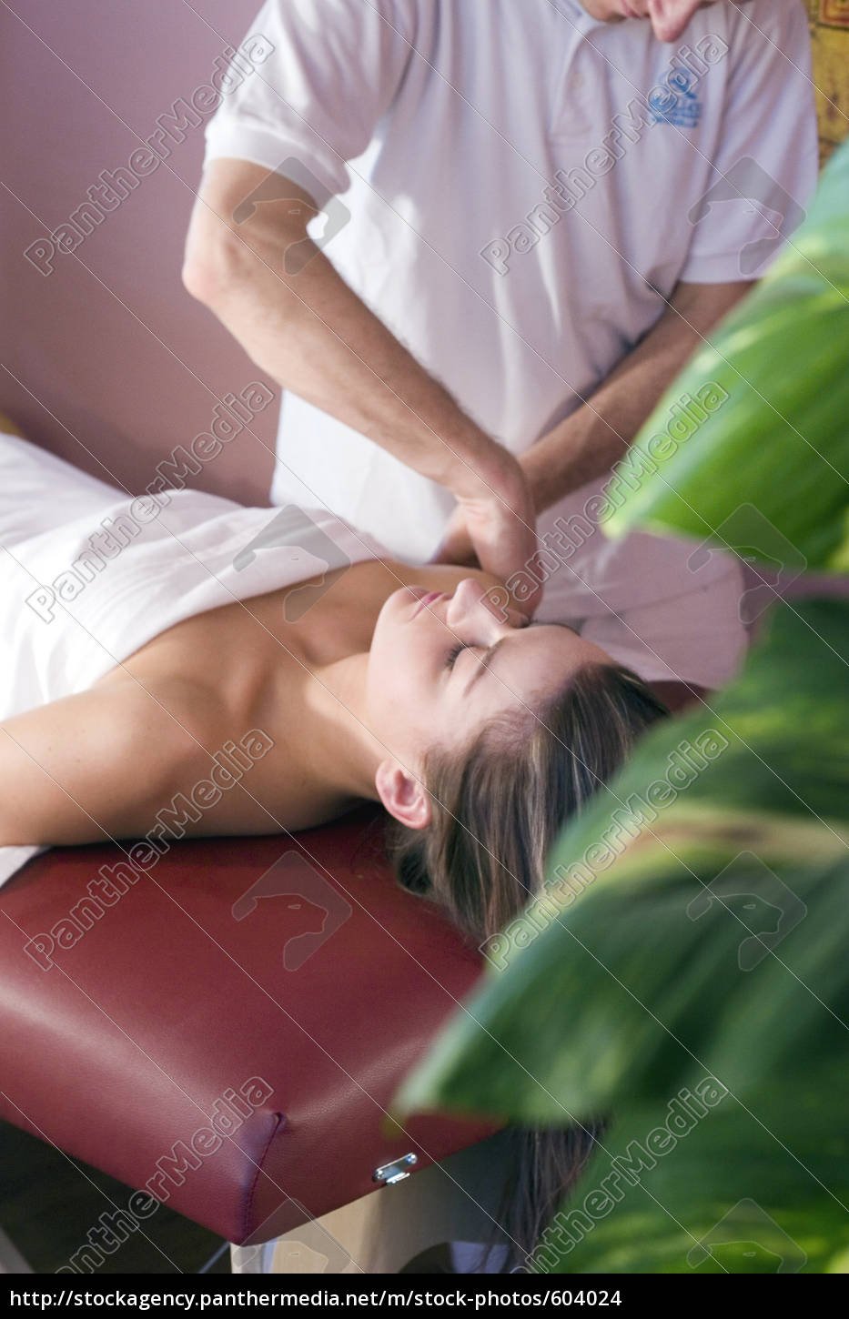 massage, to, the, shoulder - 604024