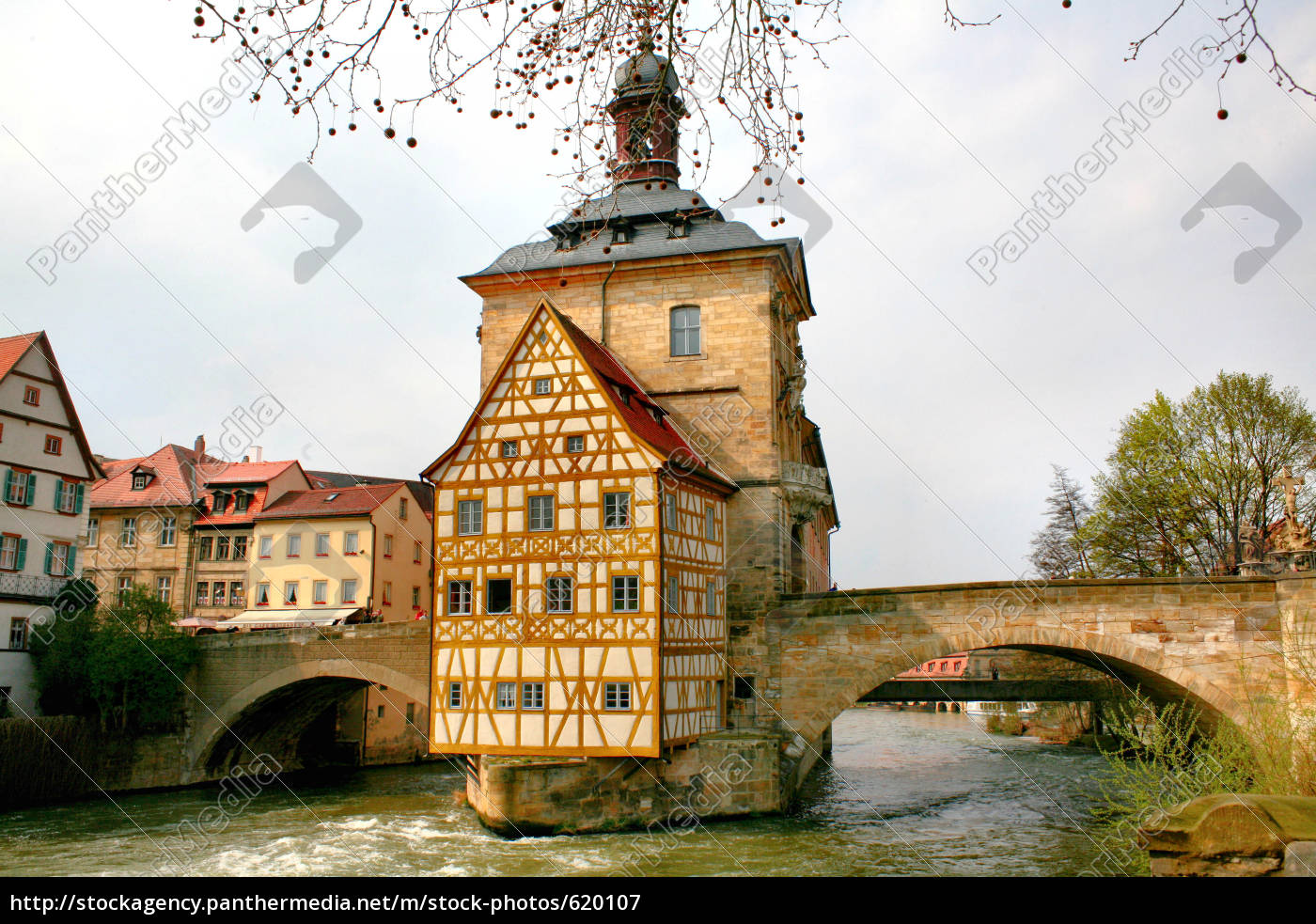 bridge, to, the, old, town, hall - 620107