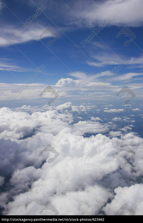 in, flight - 623462