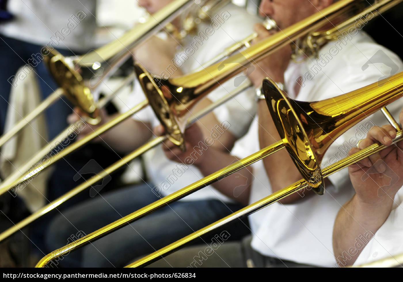 play, trombone - 626834