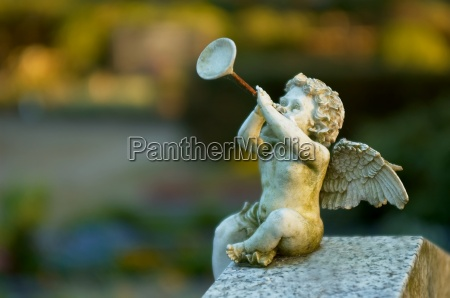 angel, with, trumpet, ii - 644036