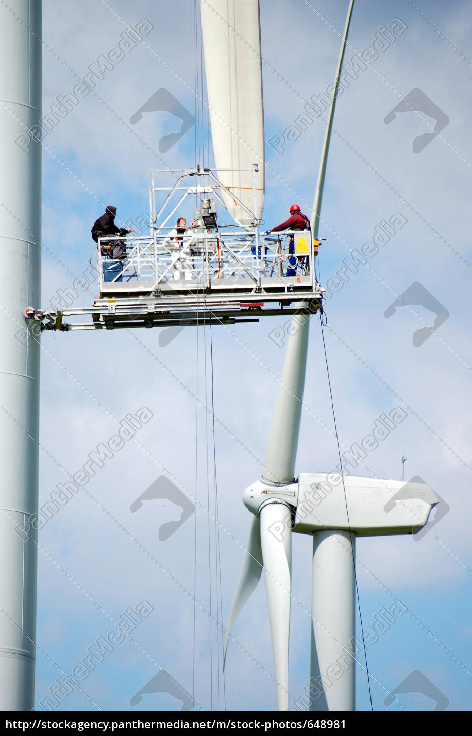 workers, at, wind, turbine - 648981