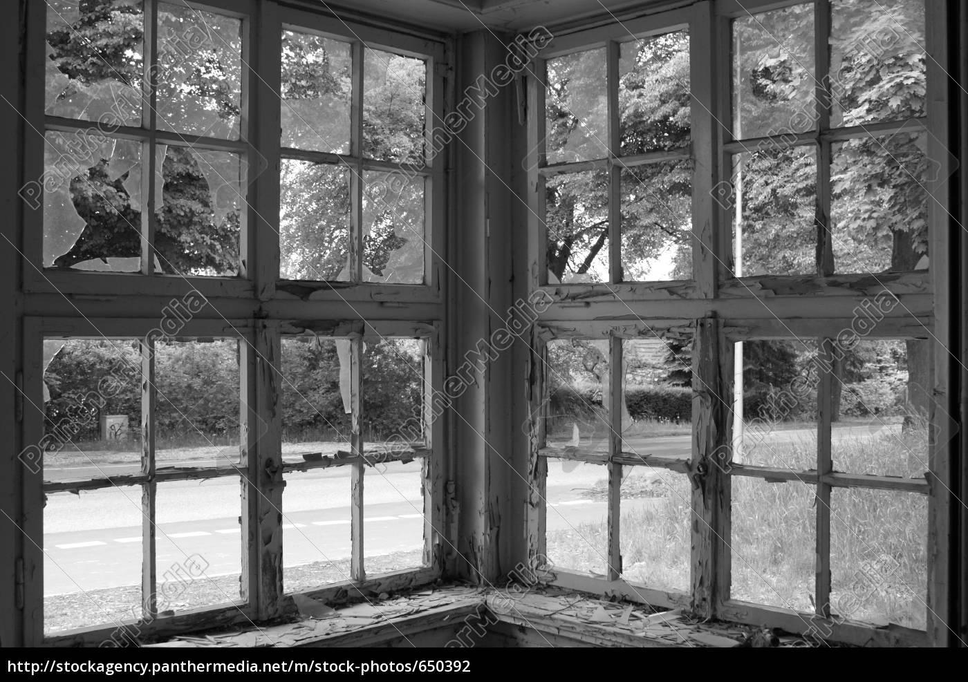 corner, window - 650392