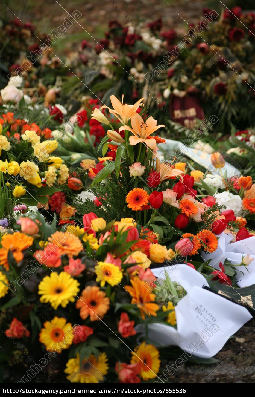 burial - 655536