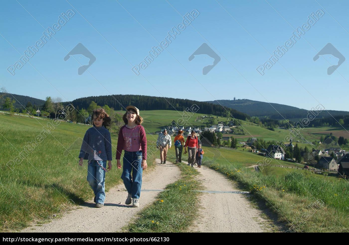 walk - 662130