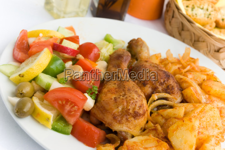 chicken, leg, with, mixed, salad, 2 - 666750