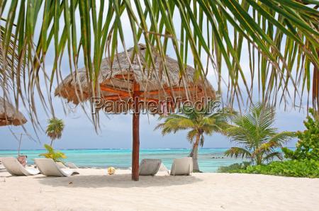 umbrella, on, the, beach - 667894