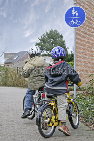on, the, cycle, path - 670330