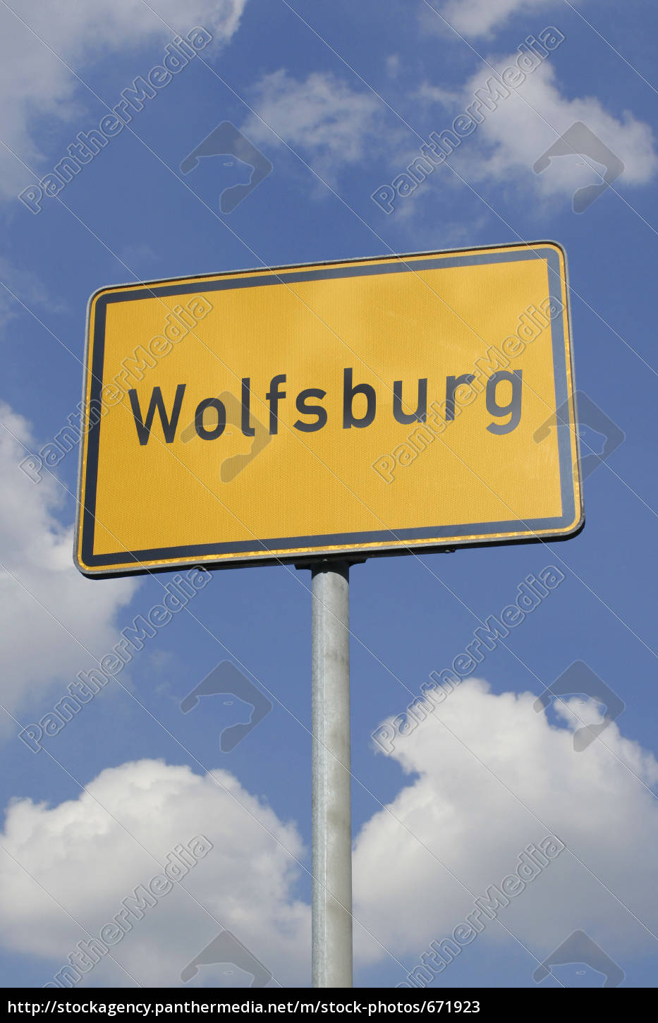 wolfsburg, sign - 671923