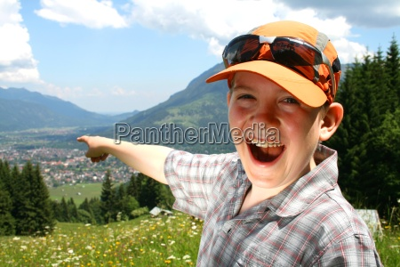boy, hiking, in, the, mountains - 698759