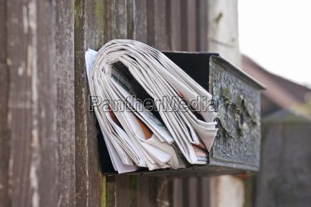 newspapers - 702387