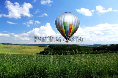 balloon, over, fields - 710324