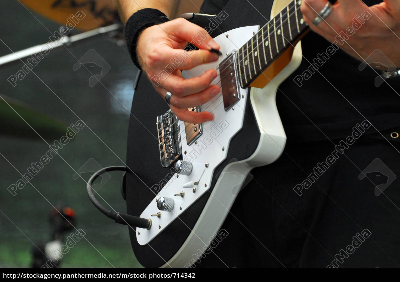 e-guitar - 714342