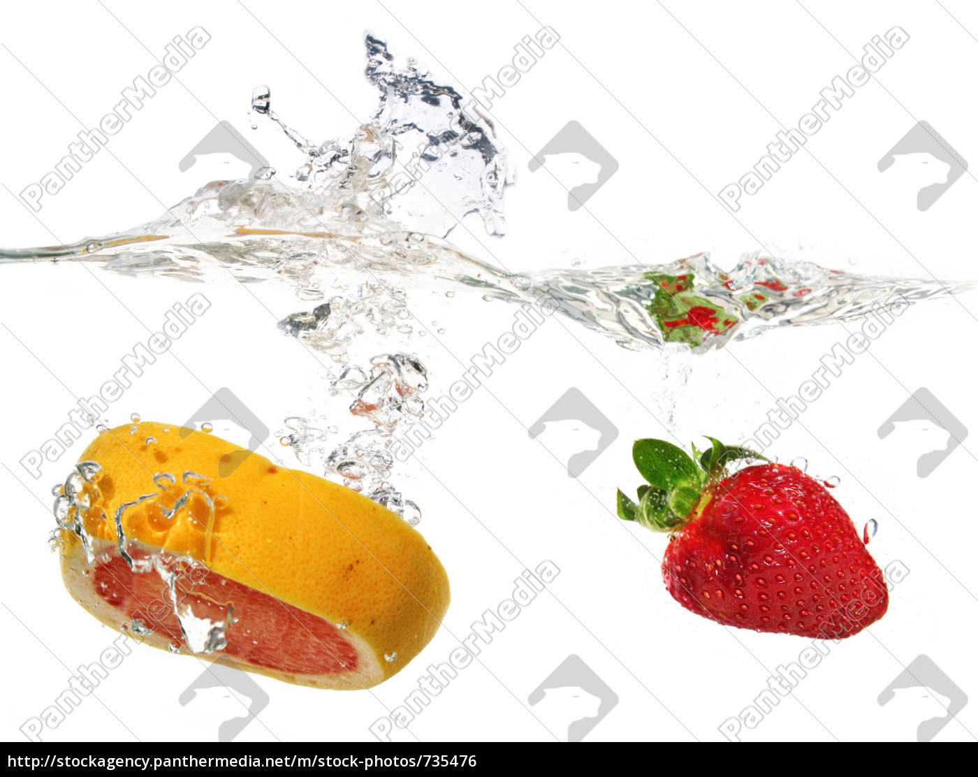 strawberry, and, grapefruit, in, the, water - 735476