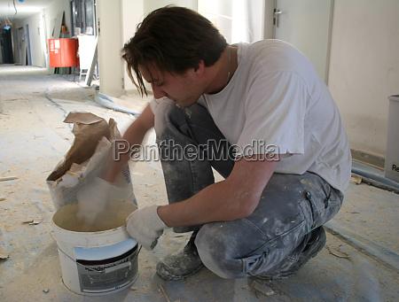 mix drywall when putz