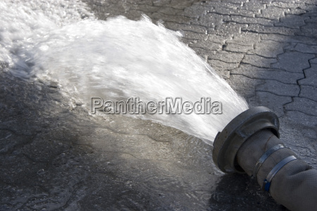 water, pipe - 744432